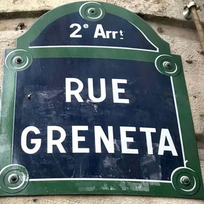 Schnell wurde die Rue Greneta zum Schauplatz für guten Kaffee. Specialty Coffee verbunden mit der alt-traditionellen französischen Gastronomiekultur fanden hier Einklang.
